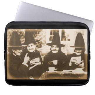 Witches Tea Party – sepia Laptop Computer Schutzhülle
