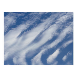 Wolken legen nieder postkarte