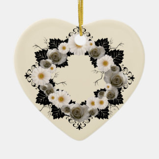 "Wreath-""schwarzes Blatt-"" graue Keramik Ornament"