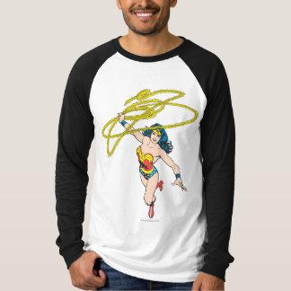 Wunder-Frau hält Lasso 2 T-Shirt