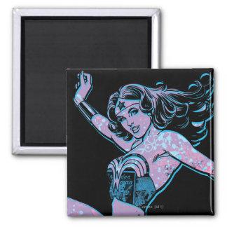 Wunder-Frauen-bunte Pose Quadratischer Magnet