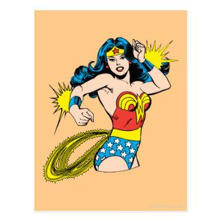 Wunder-Frauen-Drehung mit glühenden Stulpen Postkarte