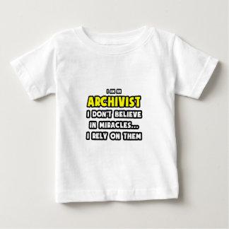 Wunder und Archivare… lustig Baby T-shirt