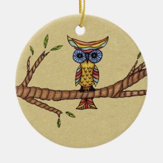 Wunderliche abstrakte bunte Eule auf Keramik Ornament