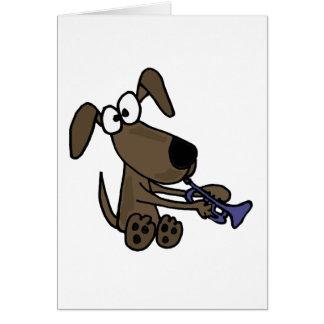 XX lustiger Welpen-Hund, der Trompete-Cartoon Karte