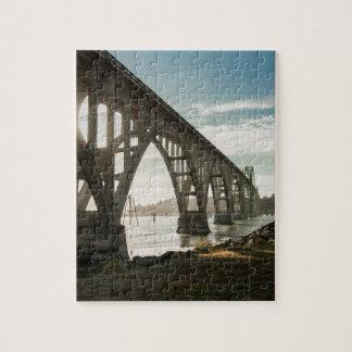 Yaquina Bucht-Brücke in Newport, Oregon Puzzle