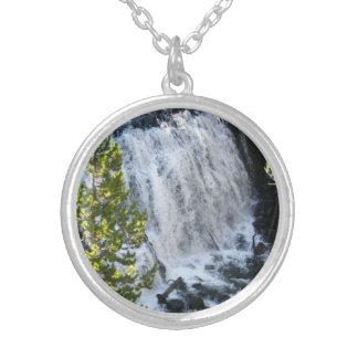 Yellowstone-Wasserfall Versilberte Kette