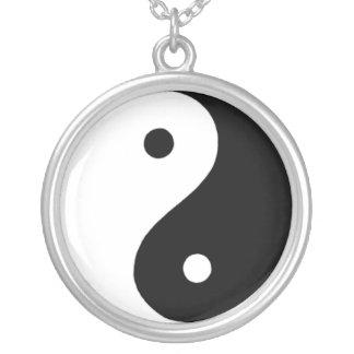 Yin/Yang Versilberte Kette