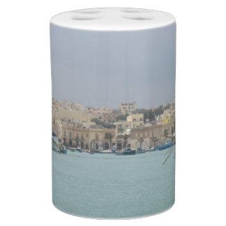 Zahnbürste-Halter-und Seifen-Zufuhr-Set. Malta Zahnbürstenbehälter