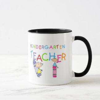 Zeichenstift-Kindergärtnerin-T-Shirts und Tasse