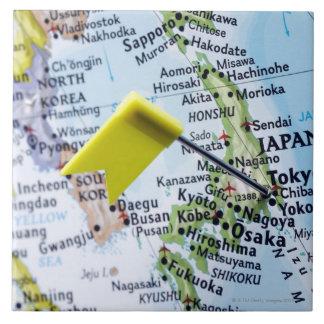 Zeichnen Sie das Button auf, das in Tokyo, Japan Keramikfliese
