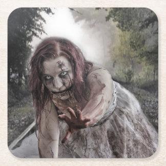 Zombie auf den Bahnen Rechteckiger Pappuntersetzer
