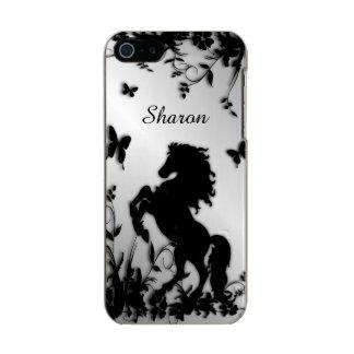 Züchtung des schwarzen Stallion/des Pferds mit Incipio Feather® Shine iPhone 5 Hülle