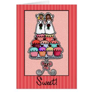 Zwei Bräute auf Kuchen-Stapel Karte