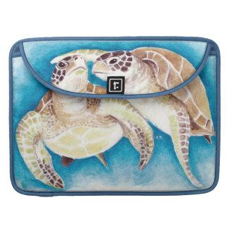 Zwei Meeresschildkröten MacBook Pro Sleeve