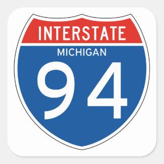 Zwischenstaatliches Zeichen 94 - Michigan Quadratischer Aufkleber